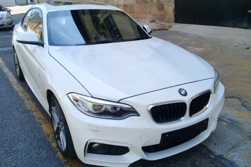 2015 BMW 2 Series 220i coupe M Sport auto