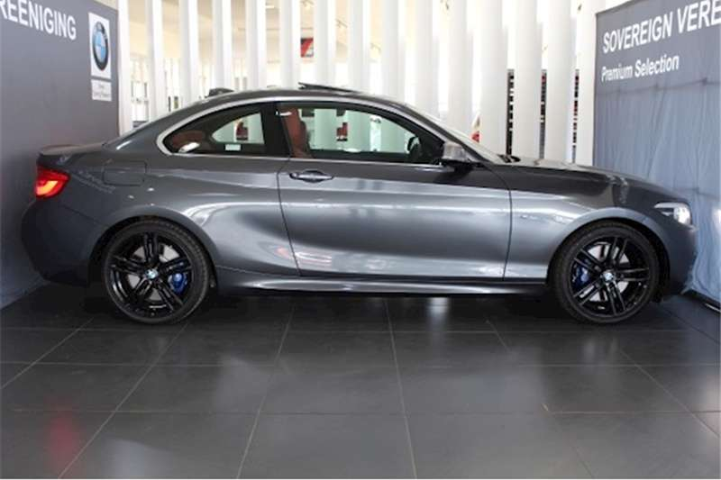 BMW 2 Series M240i coupe 2018