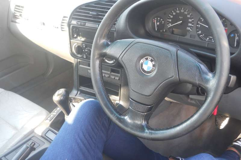 BMW 3 Series 316i 1995