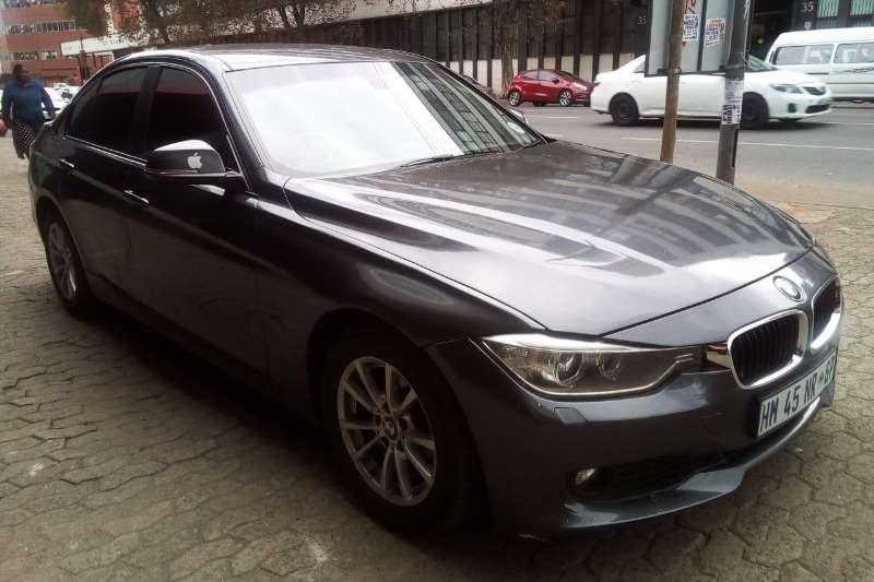 BMW 3 Series 320i 2012