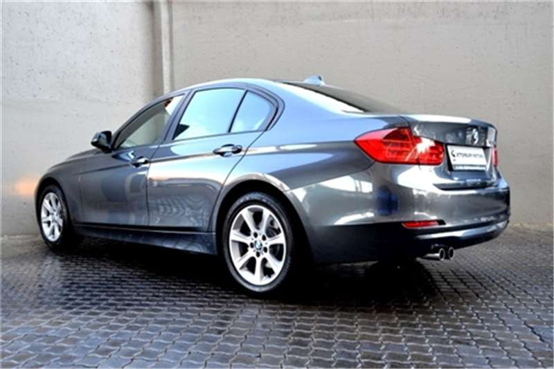 BMW 3 Series 328i auto 2012