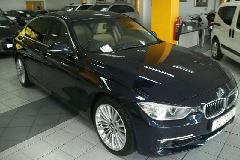 BMW 3 Series 335i Luxury 2012