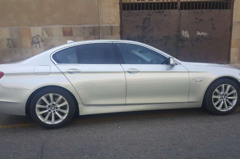 BMW 5 Series 520d Exclusive steptronic 2013