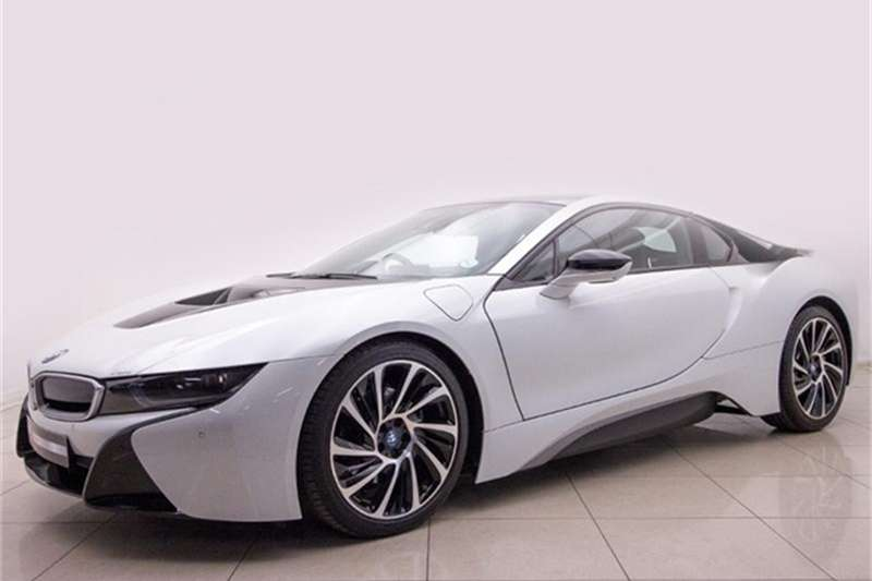 2017 BMW i8 eDrive coupe