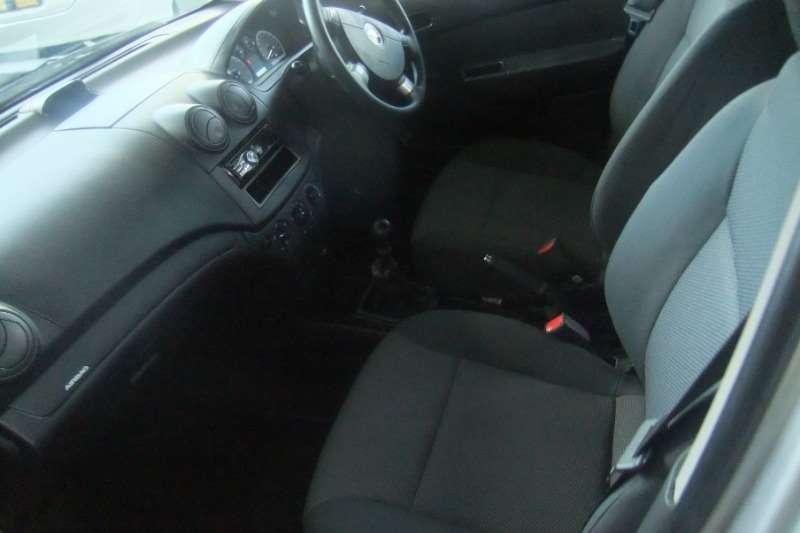 Chevrolet Aveo 1.6 L hatch 2011
