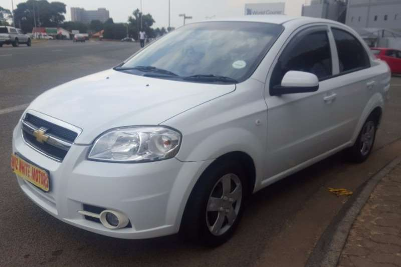 Lovely Chevrolet Aveo 1.6 LS Hatch 2011