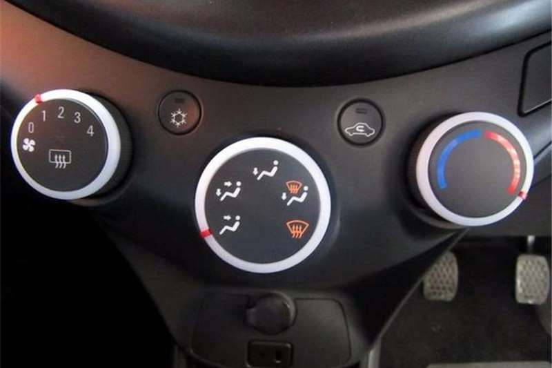 Chevrolet Spark 1.2 LS 2014