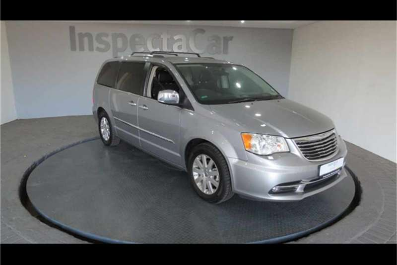 Chrysler Grand Voyager 2.8 LIMITED A/T 2015