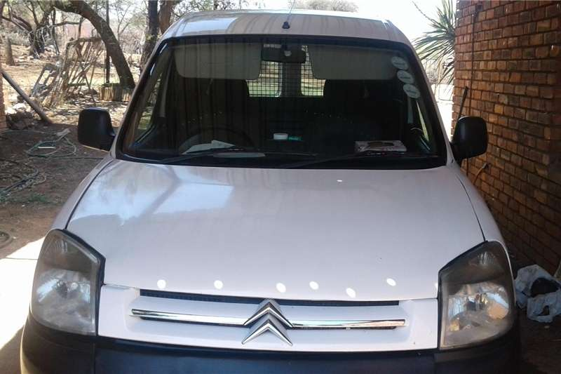 8f4344e510ff36 2006 Citroen Berlingo 1.4i Multispace Cars for sale in Gauteng