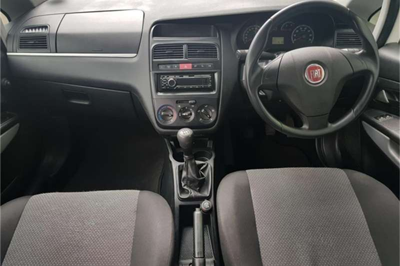 Fiat Punto 1.2 Active 2012