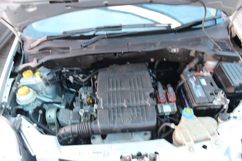 Fiat Punto 1.4 Base Easy 2012
