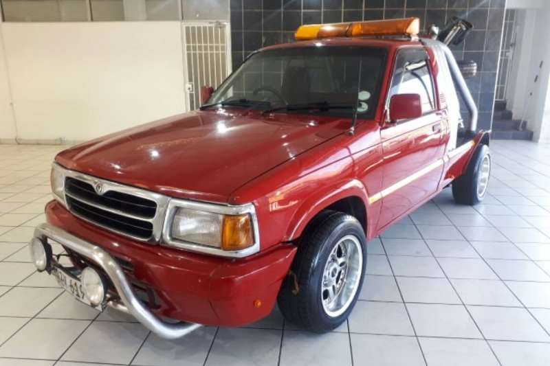 Ford Courier 3.4 L V6 TowTruck (Full Licenced) 1996