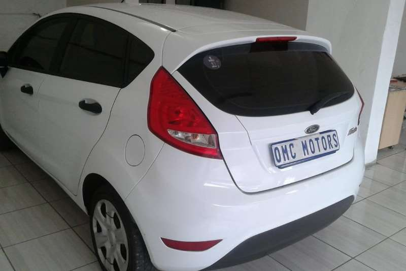Ford Fiesta 1.4 5 door Ambiente 2010