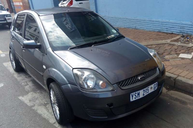 2005 ford fiesta 1 4 5 door trend hatchback petrol fwd manual cars for sale in gauteng. Black Bedroom Furniture Sets. Home Design Ideas