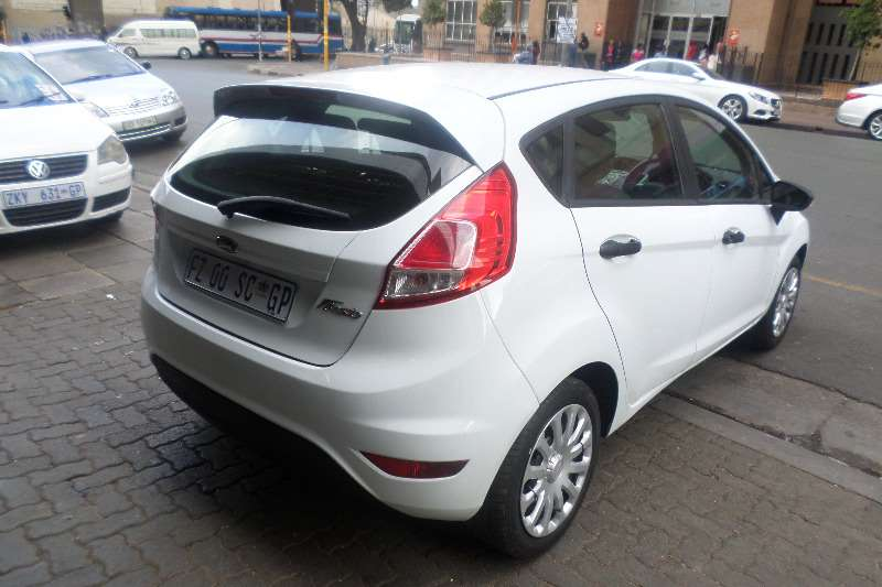Ford Fiesta 1 4 5 Door Trend 2016