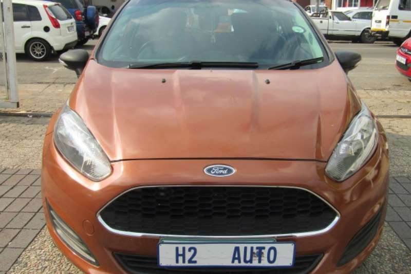 Ford Fiesta 1.6 3 door Titanium 2016