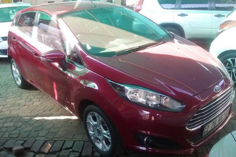 Ford Fiesta 1.6TDCi 5 door Ambiente 2014