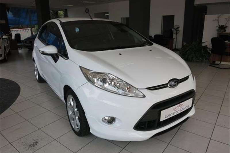Ford Fiesta 5 door 1.6 Titanium 2012