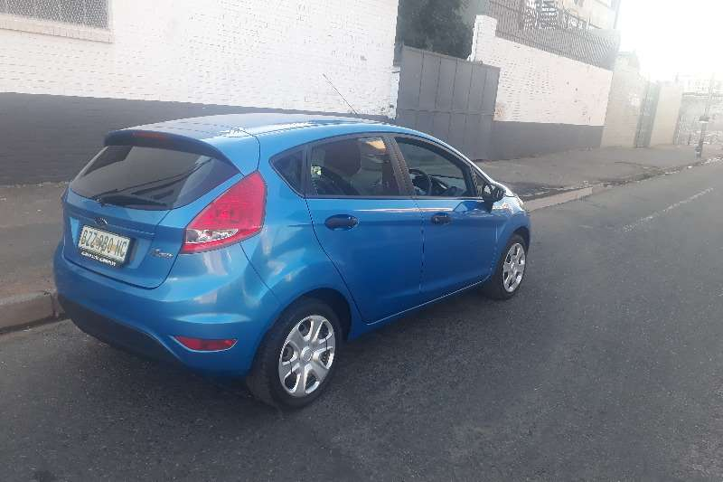2010 Ford Fiesta 1.6 5 door Ambiente