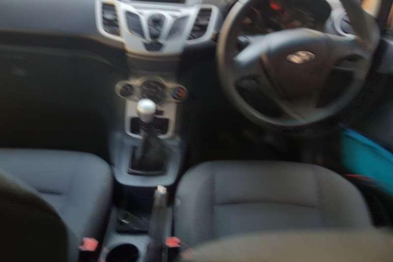 2011 Ford Fiesta 1.6 5 door Trend