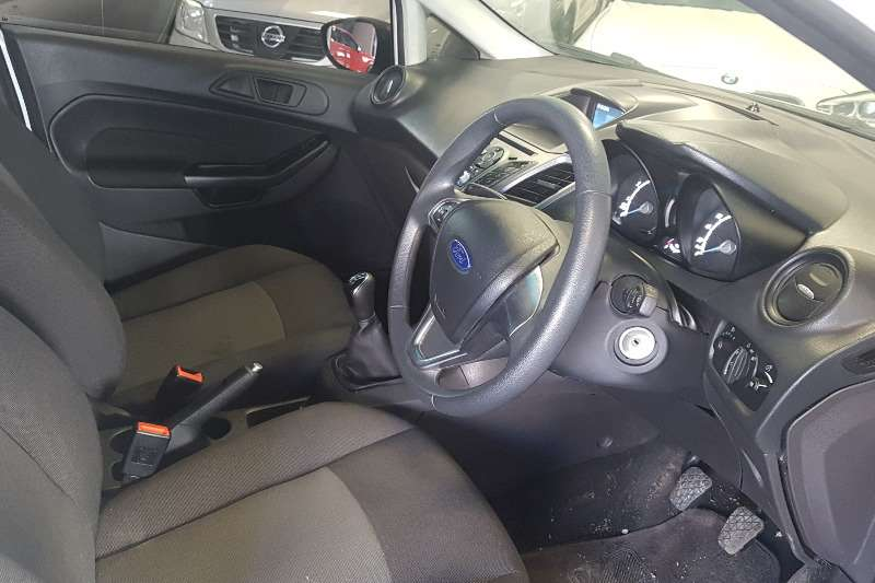 2017 Ford Fiesta 1.4 5 door Ambiente