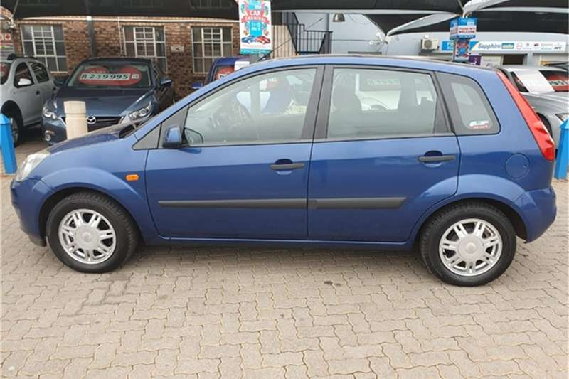 2007 Ford Fiesta 1.6i 5 door Ambiente automatic