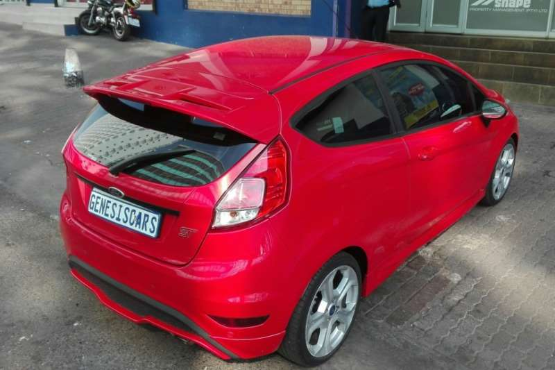 Ford Fiesta ST 1.6 GDTI Ecoboost 2014