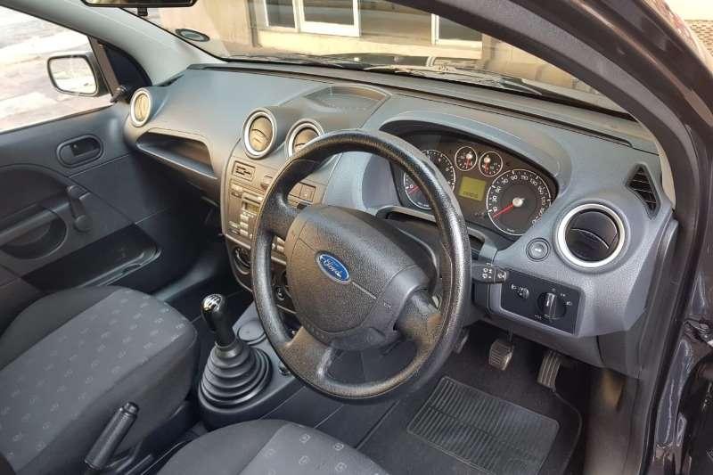 Ford Figo 1.4 Ambiente 2008