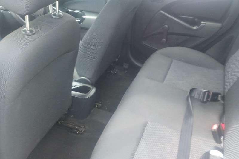 Ford Figo 1.4 Ambiente 2015