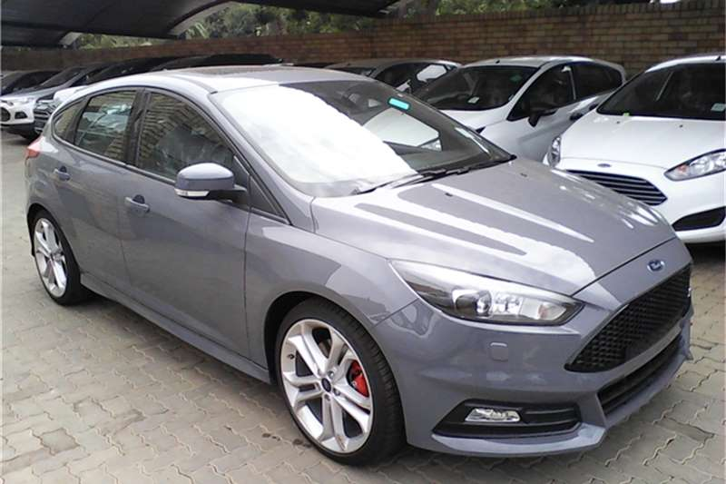2017 Ford Focus 2 0 Ecoboost St 3 Cars For In Gauteng R 449 900 On Auto Mart