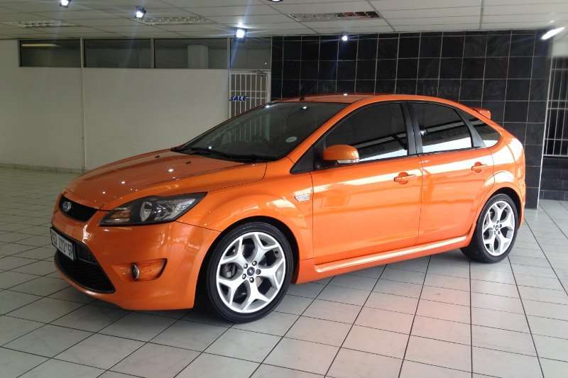 Ford Focus 2.5 ST 5-door  (One Owner) 2009