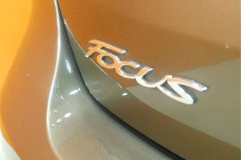 Ford Focus hatch 1.5T Trend 2016
