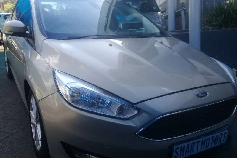 2015 Ford Focus sedan 1.0T Trend