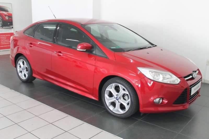 2013 Ford Focus 2.0 sedan Trend