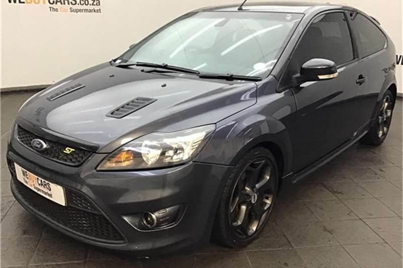 2009 Ford Focus ST 3 door (leather + sunroof + techno pack)