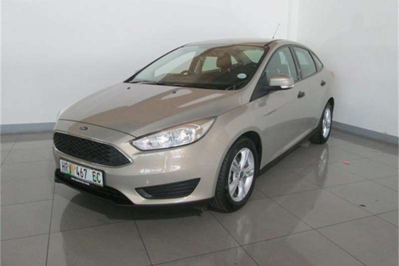 Ford Focus sedan 1.0T Ambiente 2016