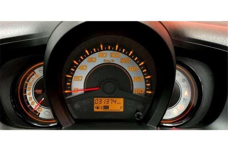Honda Brio Hatch 1.2 Comfort 2014