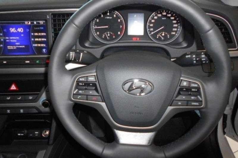 Hyundai Elantra 1.6 Executive MT 2018