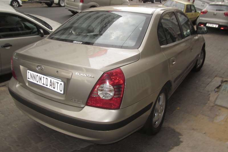 Hyundai Elantra 1.6 GLS 2002