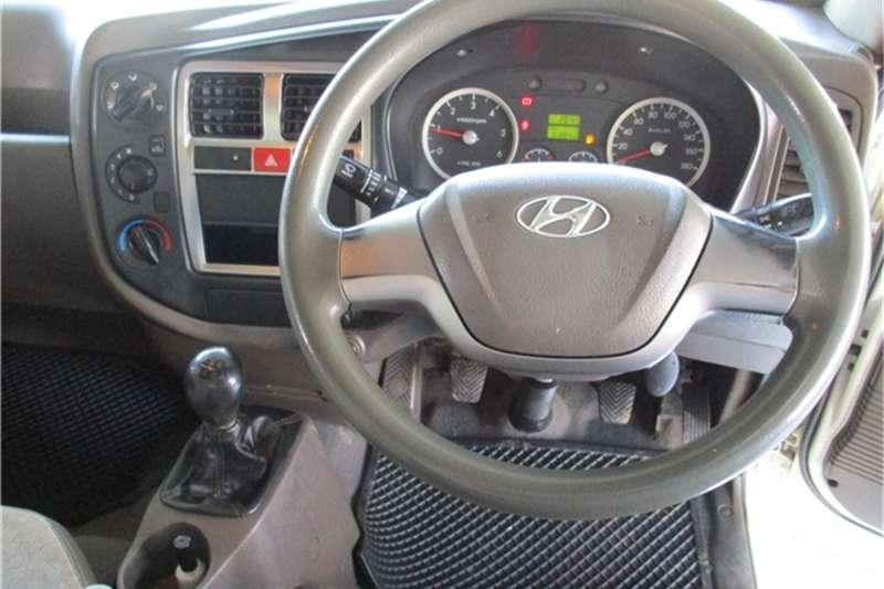 Hyundai H-100 Bakkie 2.6D deck 2013