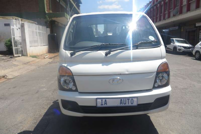 2015 Hyundai H-100 Bakkie 2.5TCi chassis cab