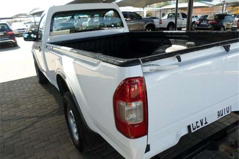 Isuzu KB 250 Fleetside 2012
