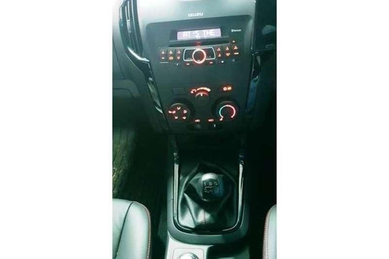 Isuzu KB 250D Teq Double Cab 4x4 X Rider 2018