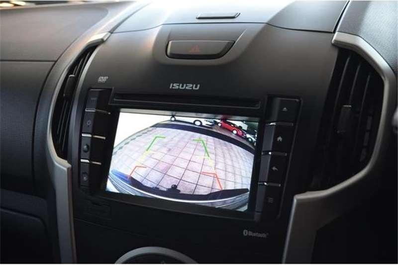 Isuzu KB 300D Teq Double Cab 4x4 LX 2016