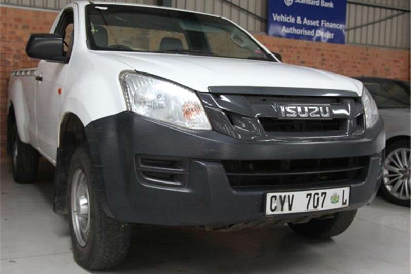 Isuzu KB250D LED P/U S/C 2013