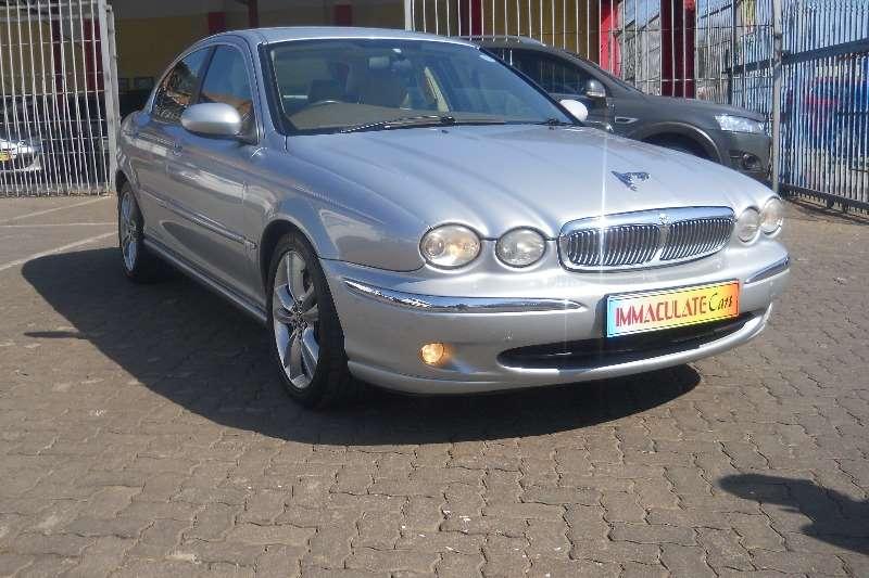 0 Jaguar X-Type