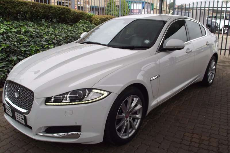 Jaguar XF 2.2D Premium Luxury 2014