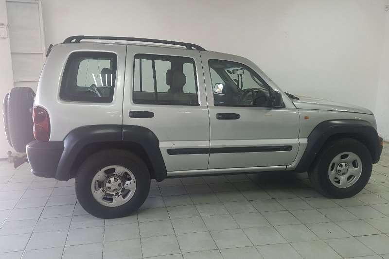 2004 Jeep Cherokee 3.7L Limited
