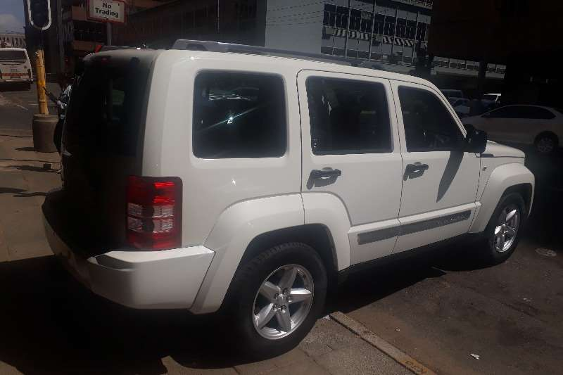 2013 Jeep Cherokee 2.8LCRD Limited automatic