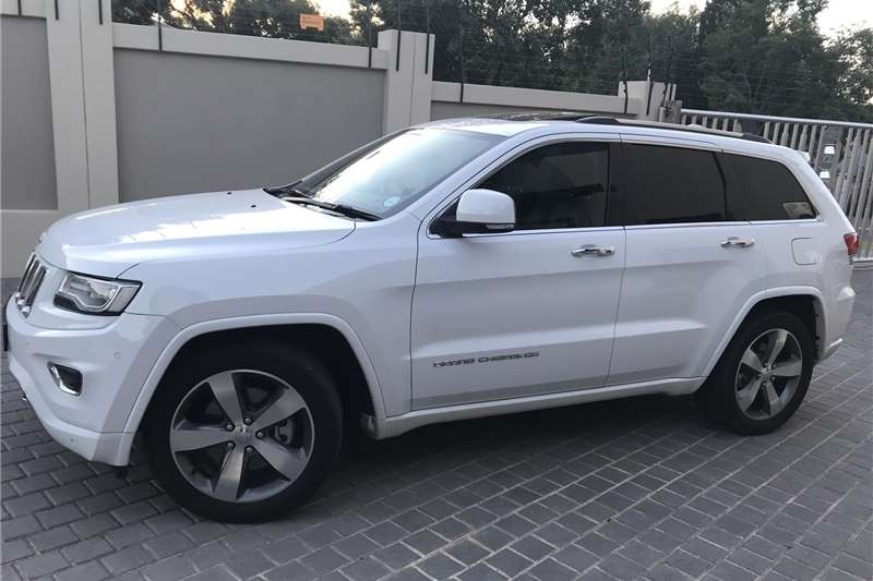2015 jeep grand cherokee 3 6l overland cars for sale in gauteng r 370 000 on auto mart. Black Bedroom Furniture Sets. Home Design Ideas